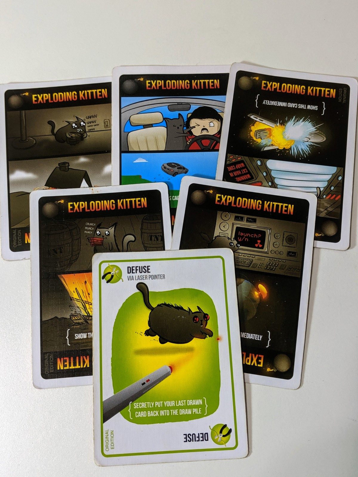 Exploding Kittens: This Place is About toBlow!
